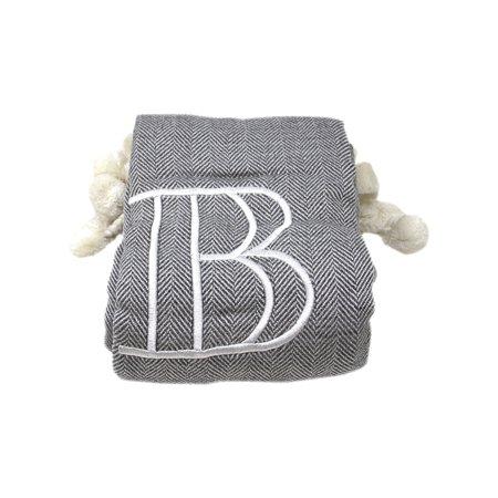 8 Oak Lane Monogram Throw - B Blanket