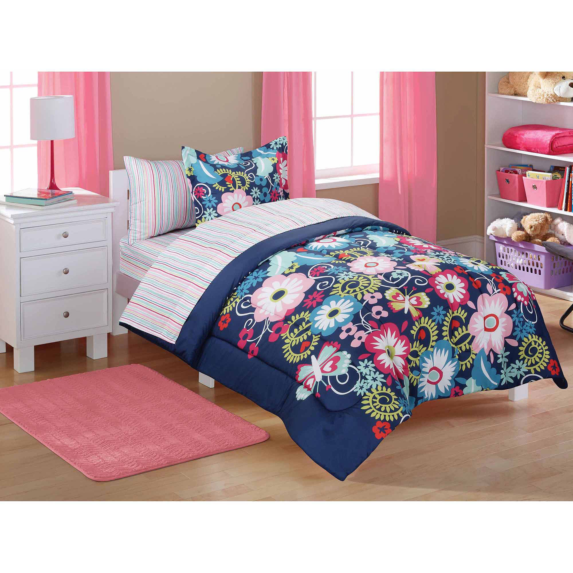 Mainstays Kids' Bed in a Bag, Navy Floral