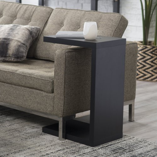 Finley Home Hudson C End Table