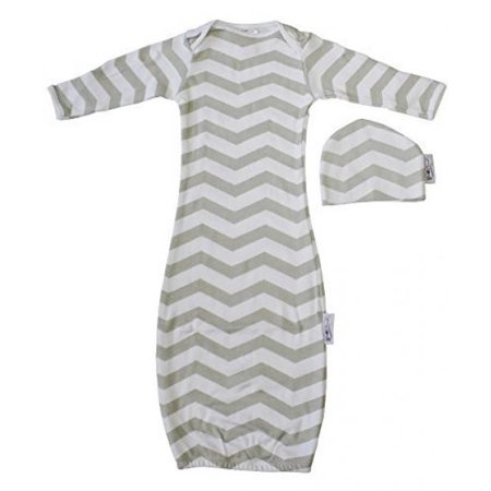 Woombie Indian Cotton Gowns Plus Hat, Gray Chevron, 7-15 Lbs](Children's Cap And Gown)