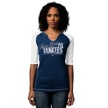 New York Yankees Majestic Women s Playful Pitch Raglan T-Shirt - Navy Blue  - Walmart.com b0edce69dd5