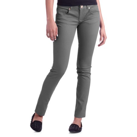 Colored Skinny Jeans For Juniors. Skirts: the number of options available for women's skirts is unlimited. Whether or not skirt, length or color skirt, there are many options. This includes a skirt with butterfly skirts, mini skirts, pearl-shaped aluminum skirts, embroidered skirts or colored skirts. You can use different skirts with tops.