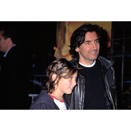 Griffin Dunne And Daughter At Premiere Of Harry Potter & The SorcererS Stone Ny 11112001 By Cj Contino Celebrity - Harry Dunne