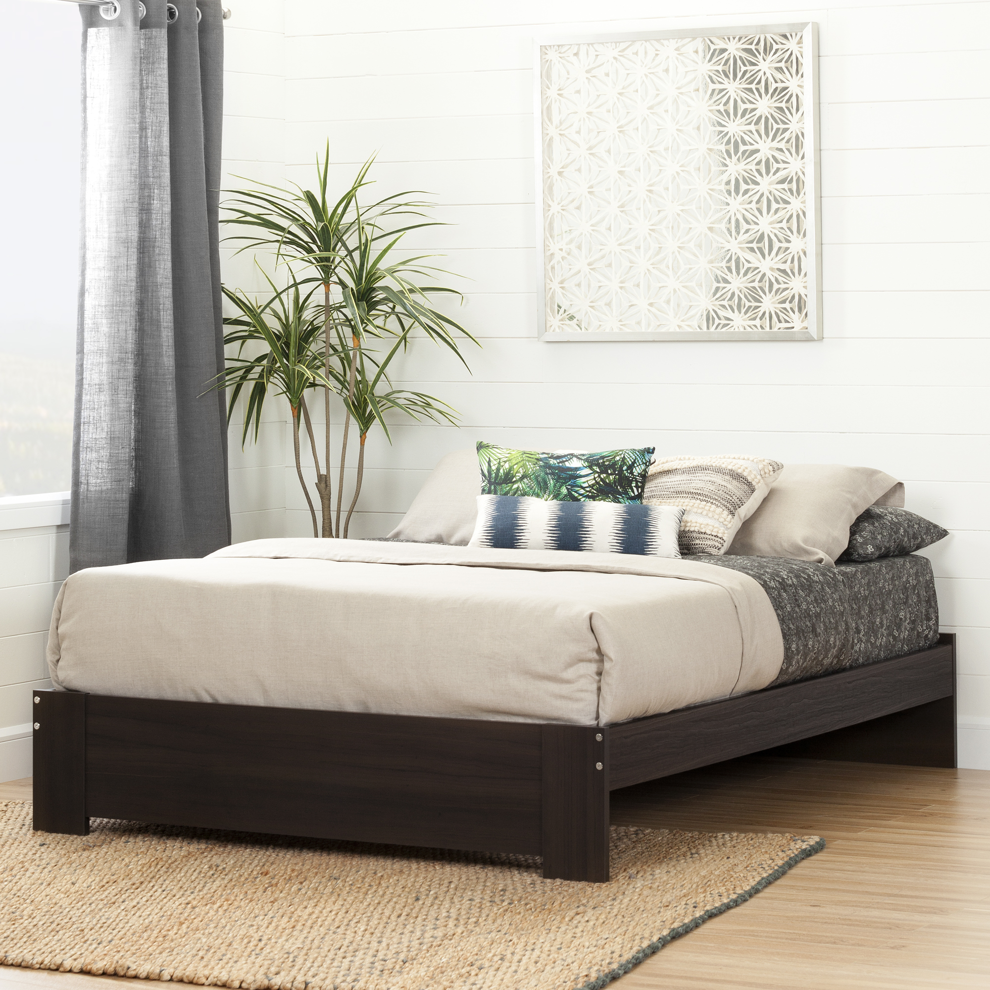 South Shore Reevo Queen Platform Bed, Multiple Finishes by South Shore