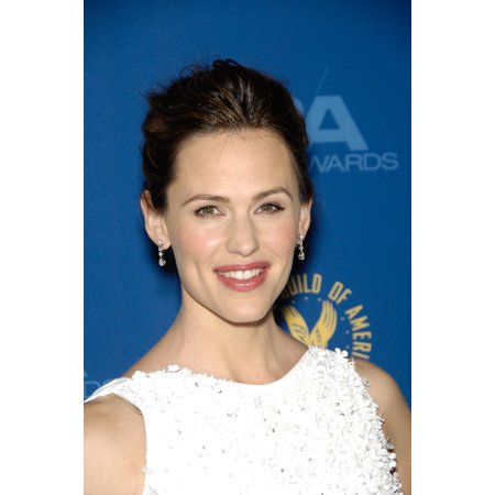 Jennifer Garner At Arrivals For The 65Th Annual Directors Guild Of America  Dga  Award Canvas Art     16 X 20