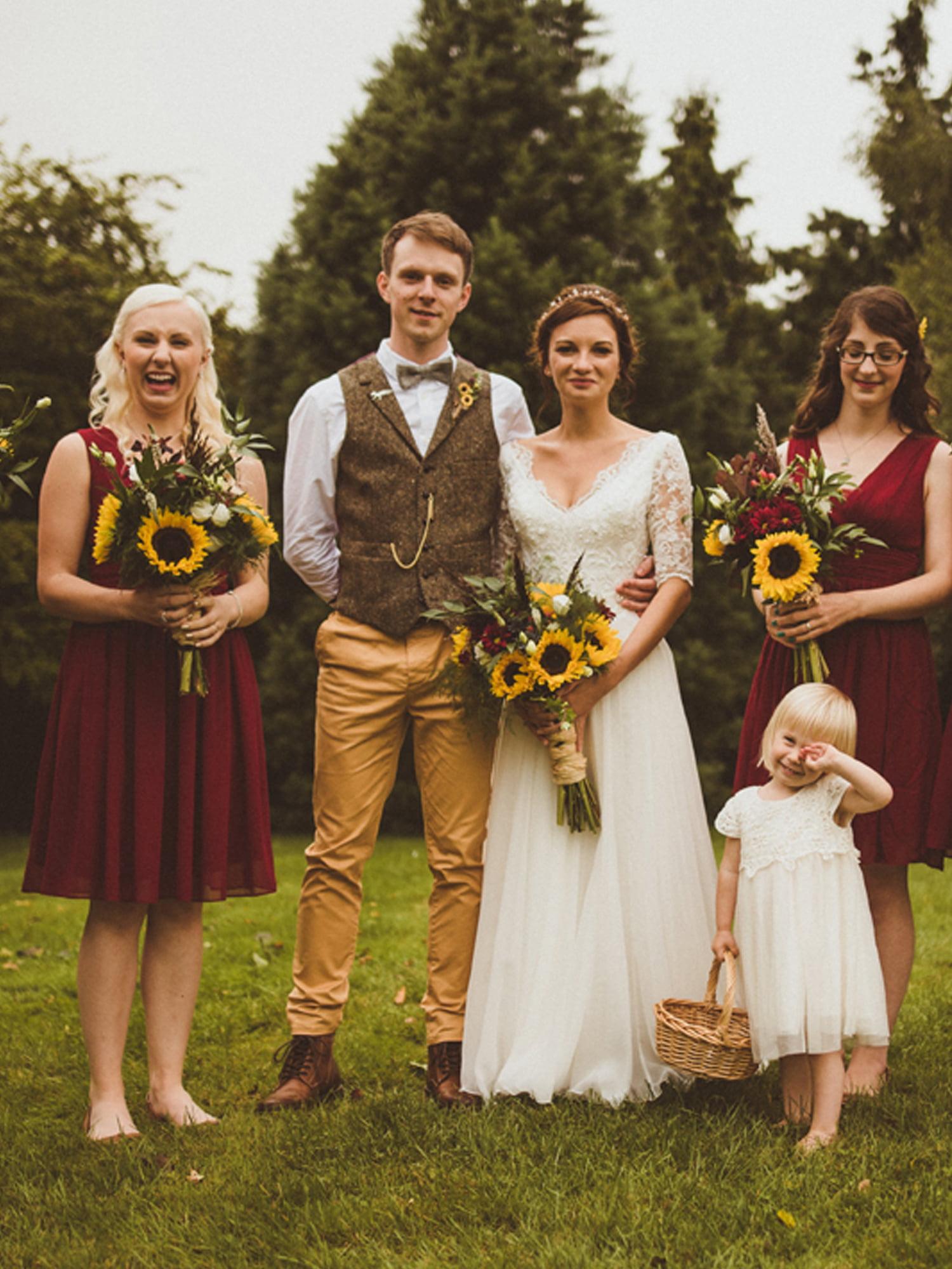 Ever-Pretty Women's Chiffon V-Neck Short Bridesmaid Wedding Party Formal Evening Dresses for Women 03989 Burgundy US 4