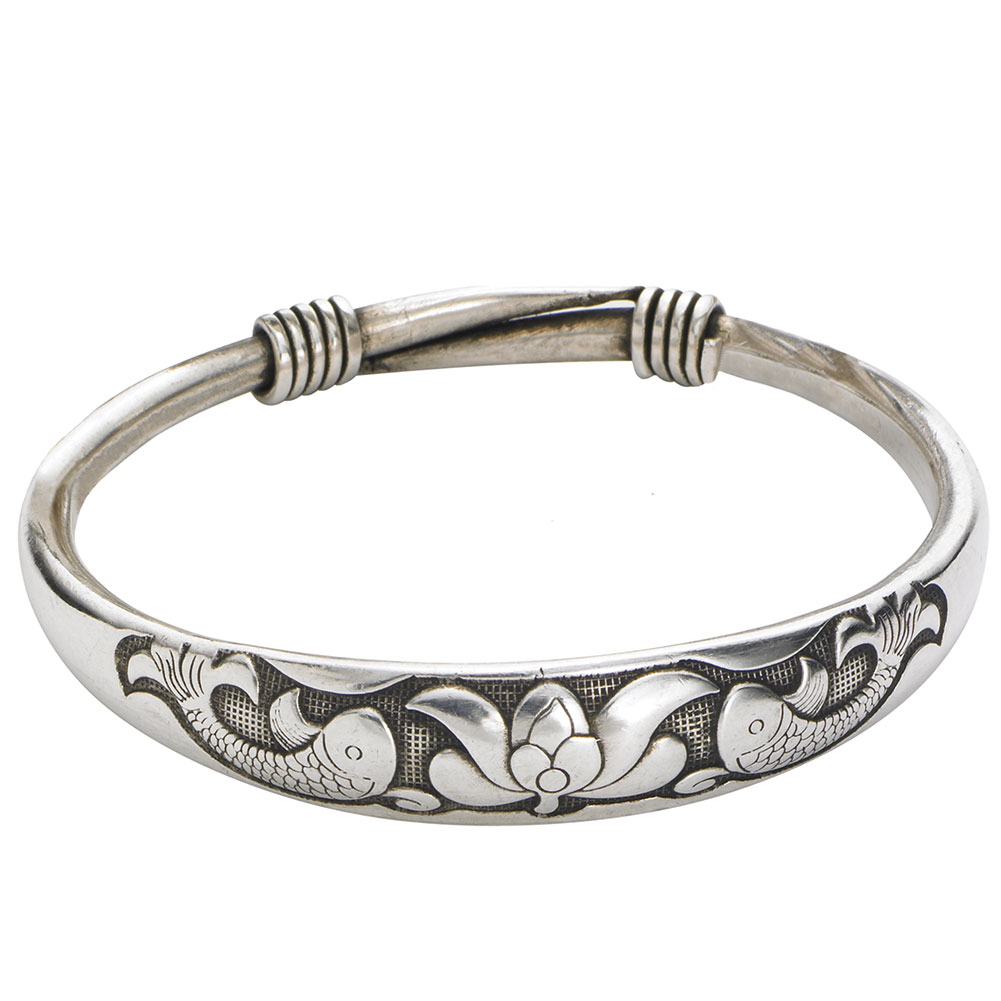 Women's Silvertone Bangle Bracelet - Koi Fish With Lotus - Medium/Large