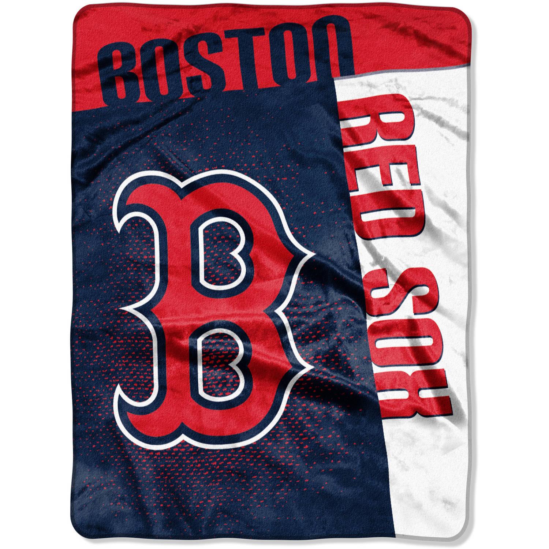 "MLB Boston Red Sox ""Strike"" 60"" x 80"" Raschel Throw"