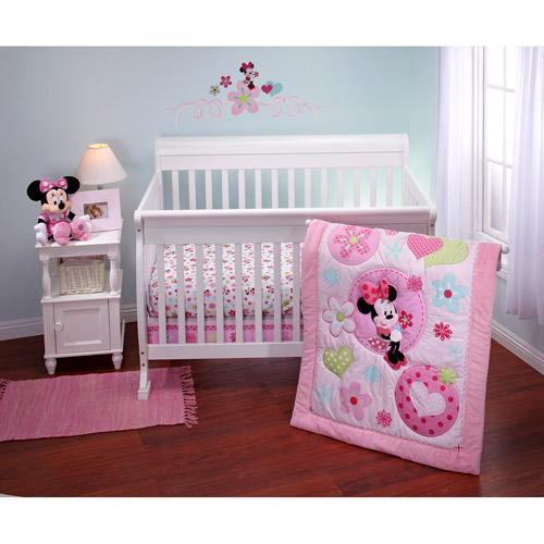 Disney - Minnie Sitting Pretty 3 piece Crib Bedding Set