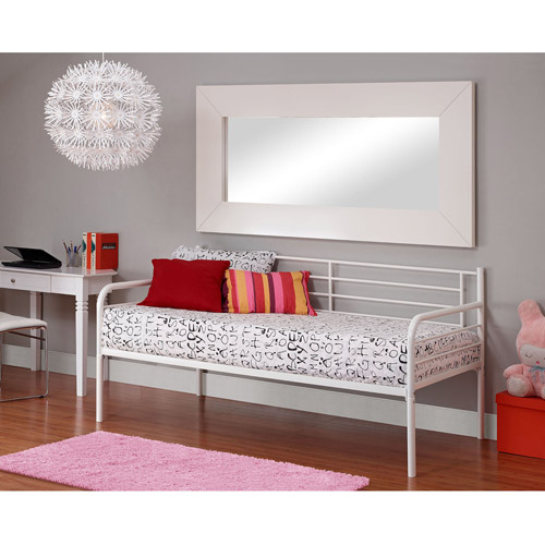 Metal Daybed, White