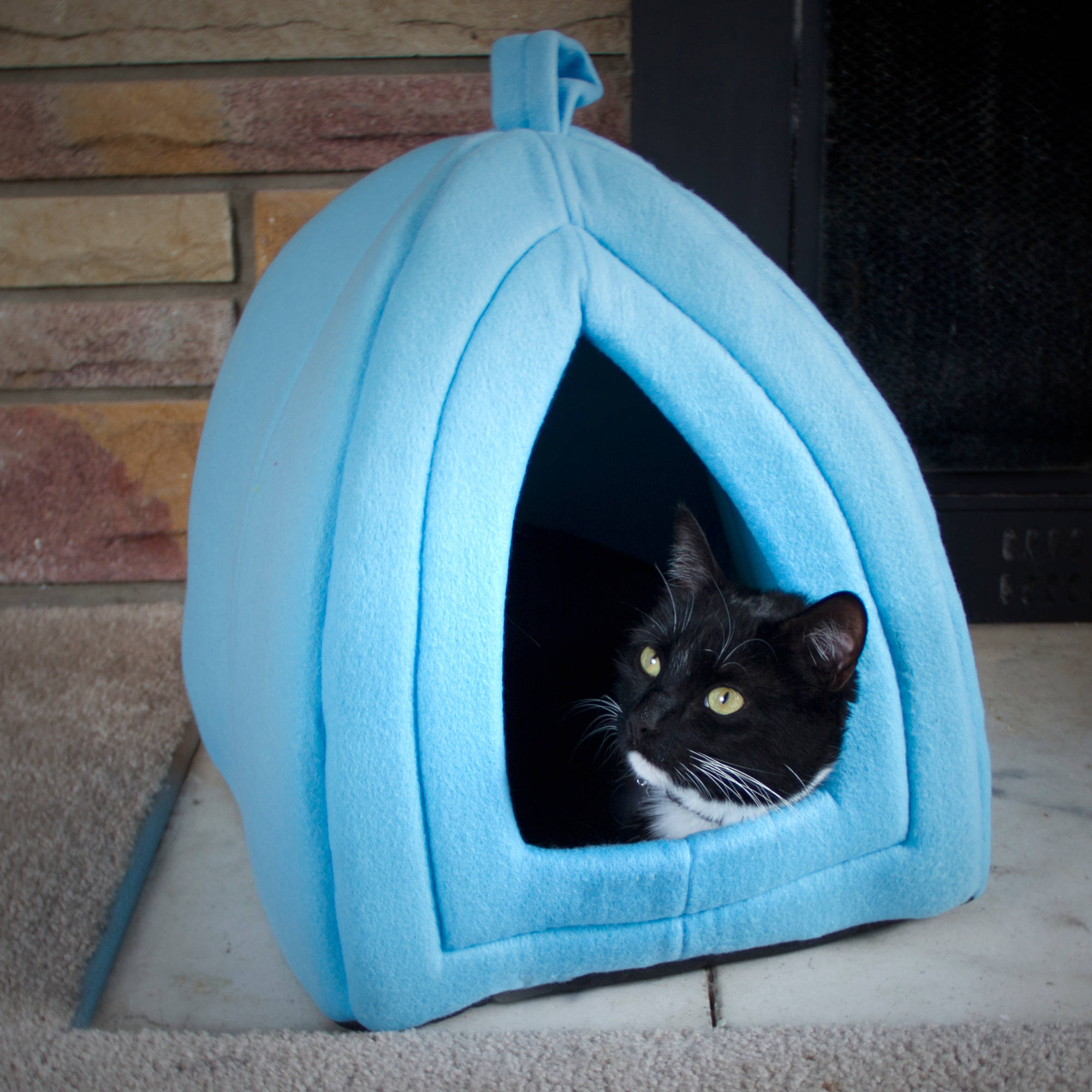 Petmaker Cozy Kitty Tent Igloo Plush Enclosed Cat Bed Walmart