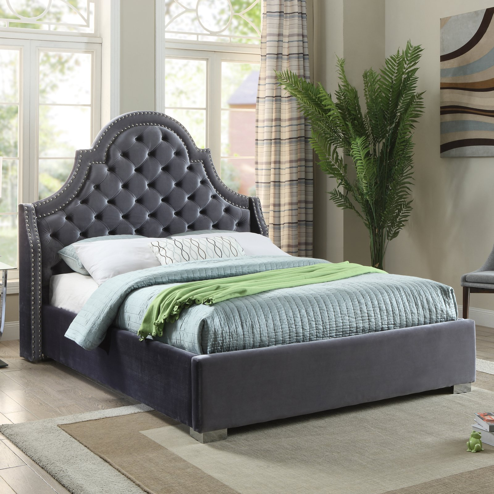 Meridian Madison Tufted Upholstered Platform Bed