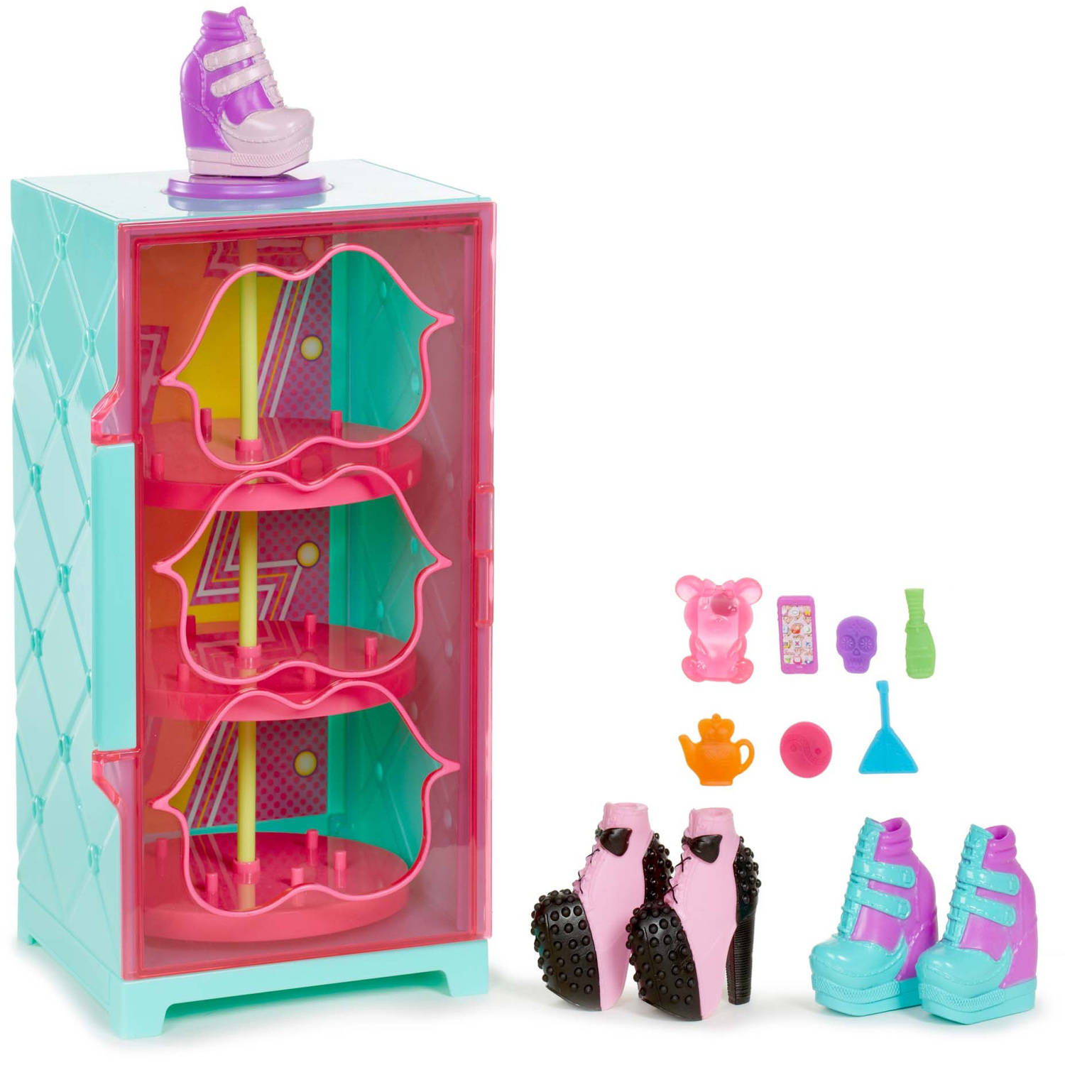 Bratz #ShoefieSnaps Showcase by MGA Entertainment