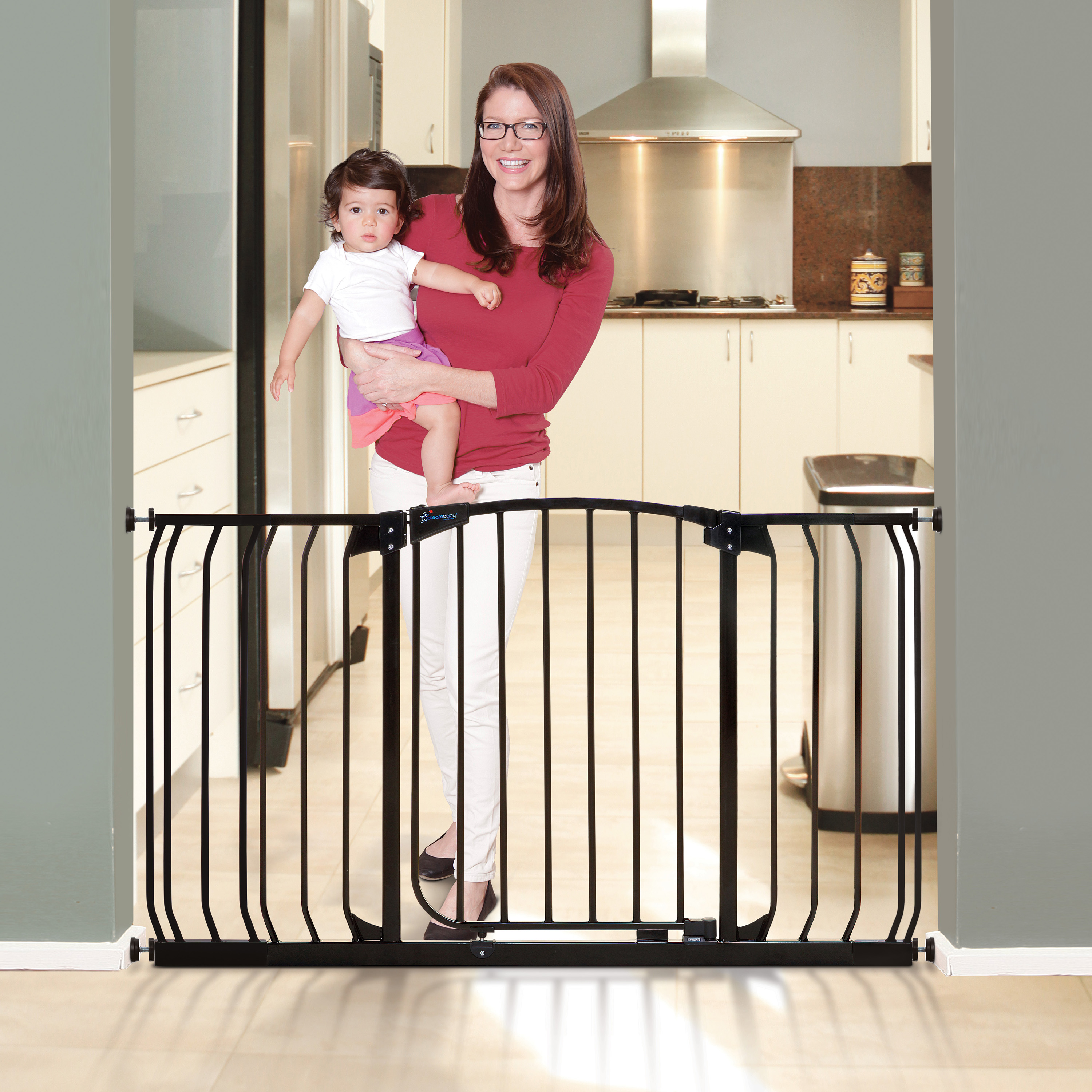 "Dreambaby Chelsea Auto-Close, Smart Stay-Open 38""-53"" Baby Gate"