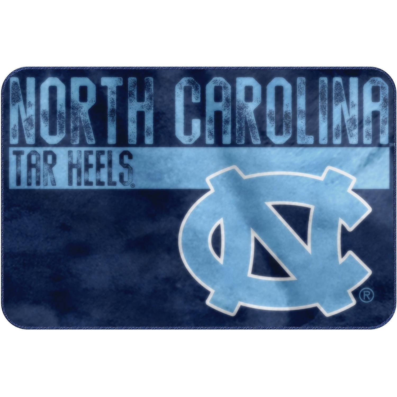 "NCAA North Carolina Tar Heels ""Worn Out"" Mat, 20"" x 30"""