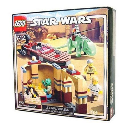 LEGO Star Wars: Original Trilogy Edition Mos Eisley Cantina (4501)](Mos Eisley)