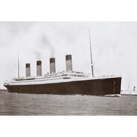 Image of The 46328 Tons Rms Titanic Of The White Star Line Which Sank At 220 Am Monday Morning April 15 1912 After Hitting Iceberg In North Atlantic Canvas Art - Ken Welsh Design Pics (18 x 12)