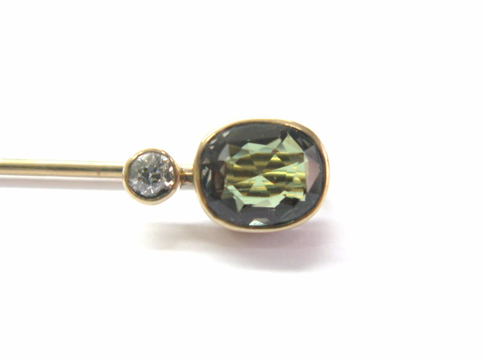 Vintage Old European Diamond Changing Color Sapphire Pin Brooch Yellow Gold 14KT by