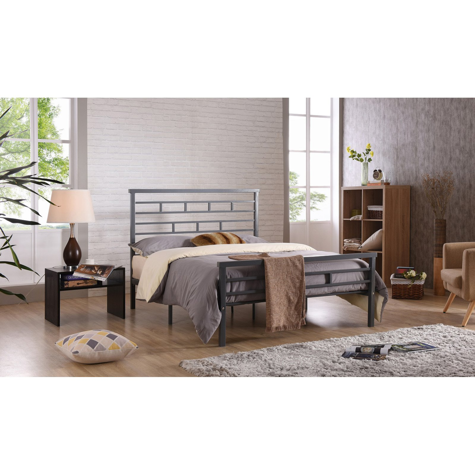 Hodedah Imports Rectangular Metal Platform Bed