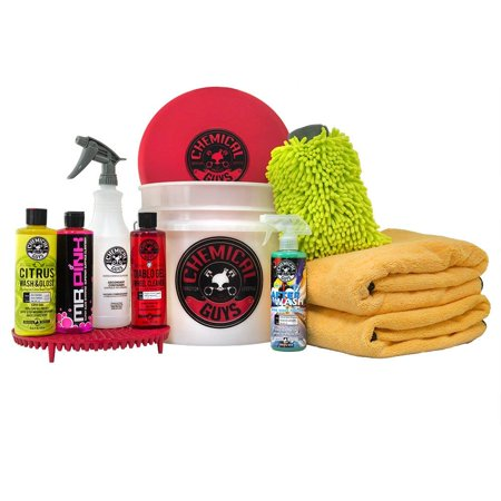 Chemical Guys HOL132 Best Car Wash Bucket Kit with Dirt Trap, 16 fl. oz (11 (Best Car Wash Solution)