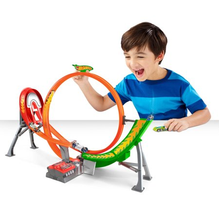 Hot Wheels Power Shift Raceway Track & 5 Race Vehicles Set](Bike Race Halloween Track 5)
