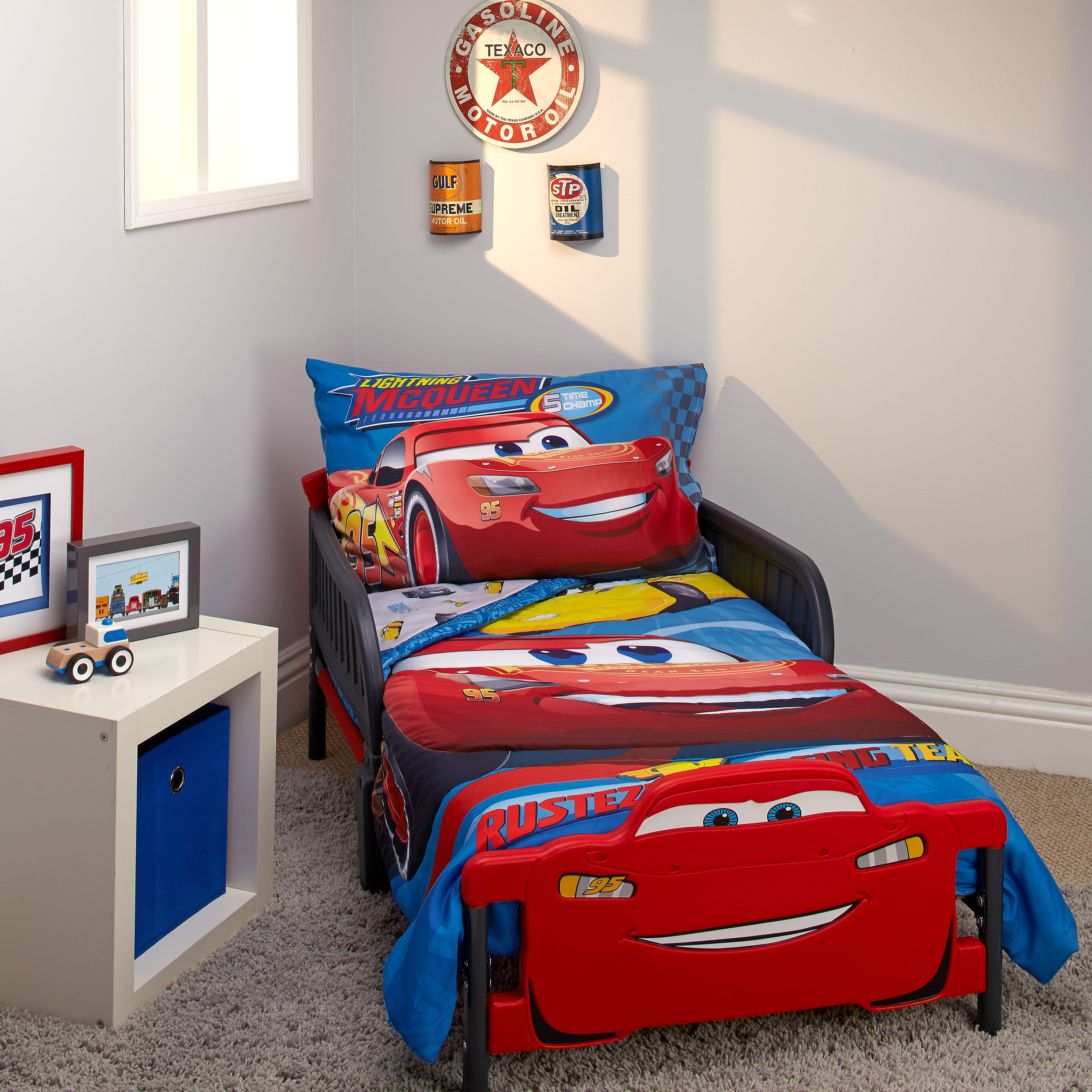 disney cars bedroom disney cars rusteze 4pc toddler bedding set walmart 11441