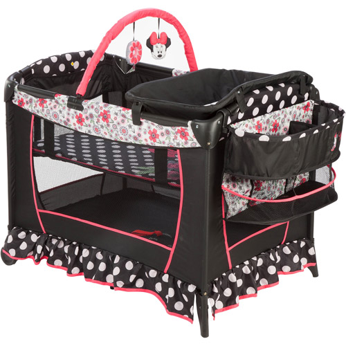 Disney Baby Sweet Wonder Play Yard, Minnie Mouse Coral Flowers