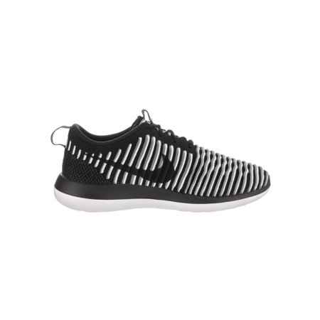 4e4a510640b3f Nike Womens Roshe Two Flyknit Low Top Lace Up Running