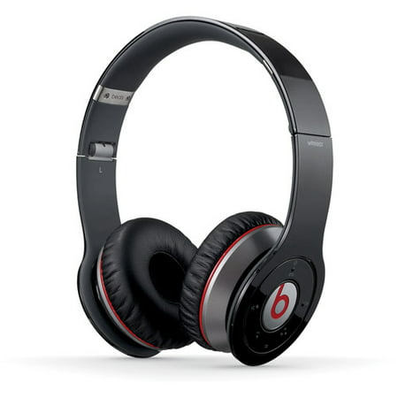 Beats Studio 3 Wireless – Skyline Collection features four luxury colors and premium sound to elevate every step of your journeys. Choose from Midnight Black, Crystal Blue, Shadow Gray, and Desert Sand. Take off. Beats Studio 3 Wireless – Skyline Collection features four luxury colors and premium sound to elevate every step of your journeys.