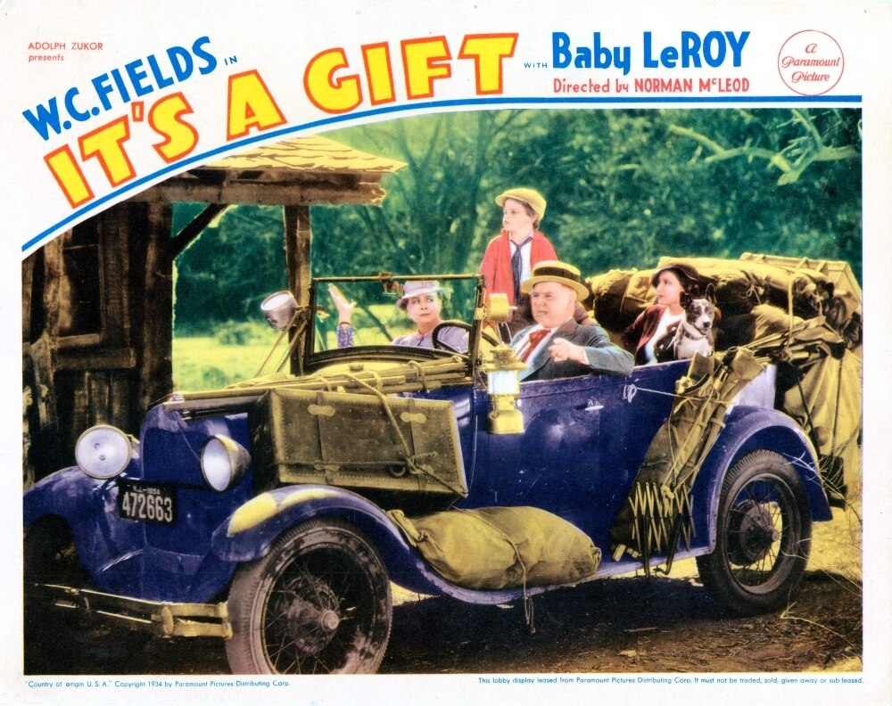 It S A Gift Us Lobbycard From Left Kathleen Howard Tommy Bupp W C Fields Jean Rouverol 1934 Movie Poster Masterprint Walmart Com Walmart Com