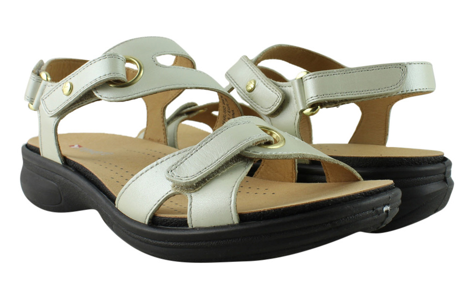 Revere Womens  Ivory Slingback Sandals Size 7 New