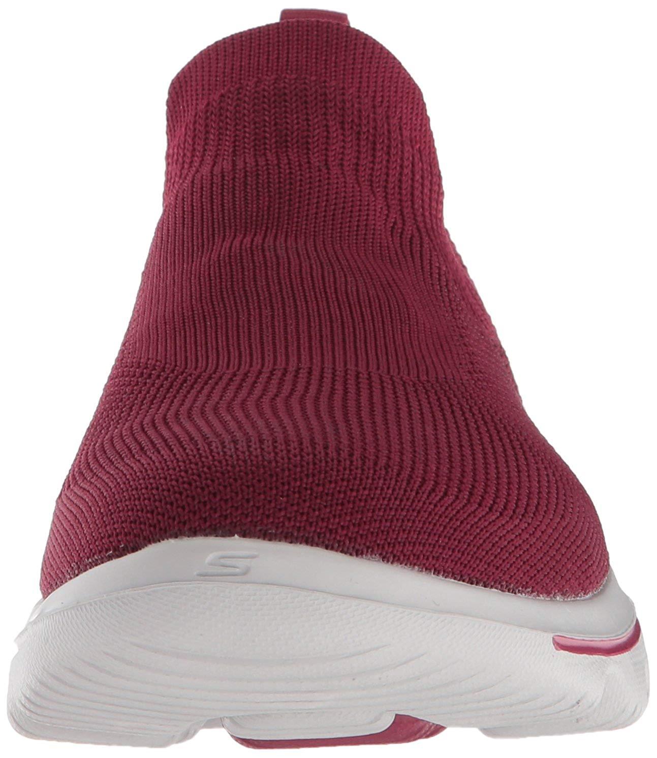 809335b1b32b Skechers Women s Go Walk Evolution Ultra Sneaker