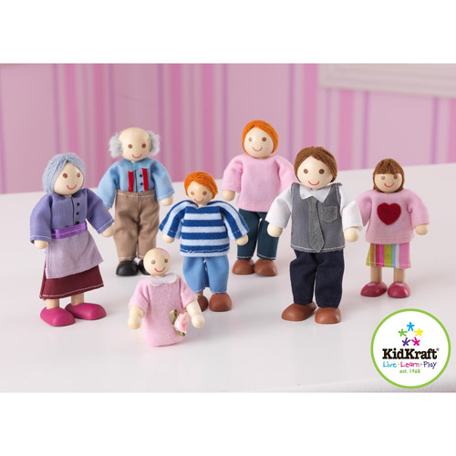 KidKraft Caucasian Doll Family with 7 Dolls