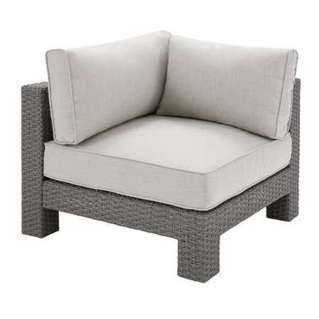Latitude Run Danaher Sectional With Cushions