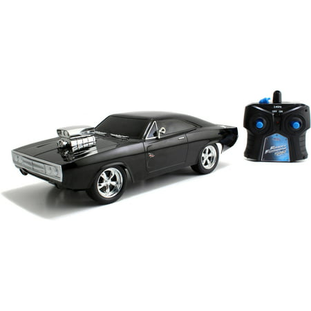 Jada Toys Fast and Furious 1:16 Radio Control Car, Dom's Charger R/T