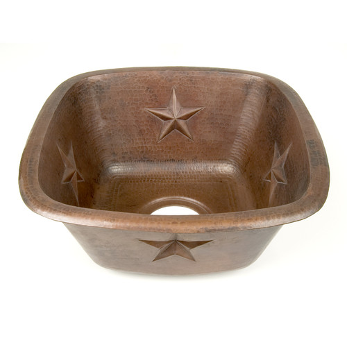 D'Vontz Copper 15'' x 15'' x 7'' Square Texas Star Embossed Bar Sink