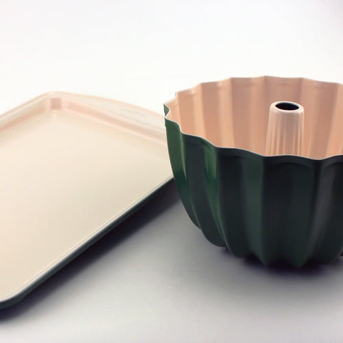 CooknCo Green Cookie SHeet & Bundt Pan Set by BergHOFF