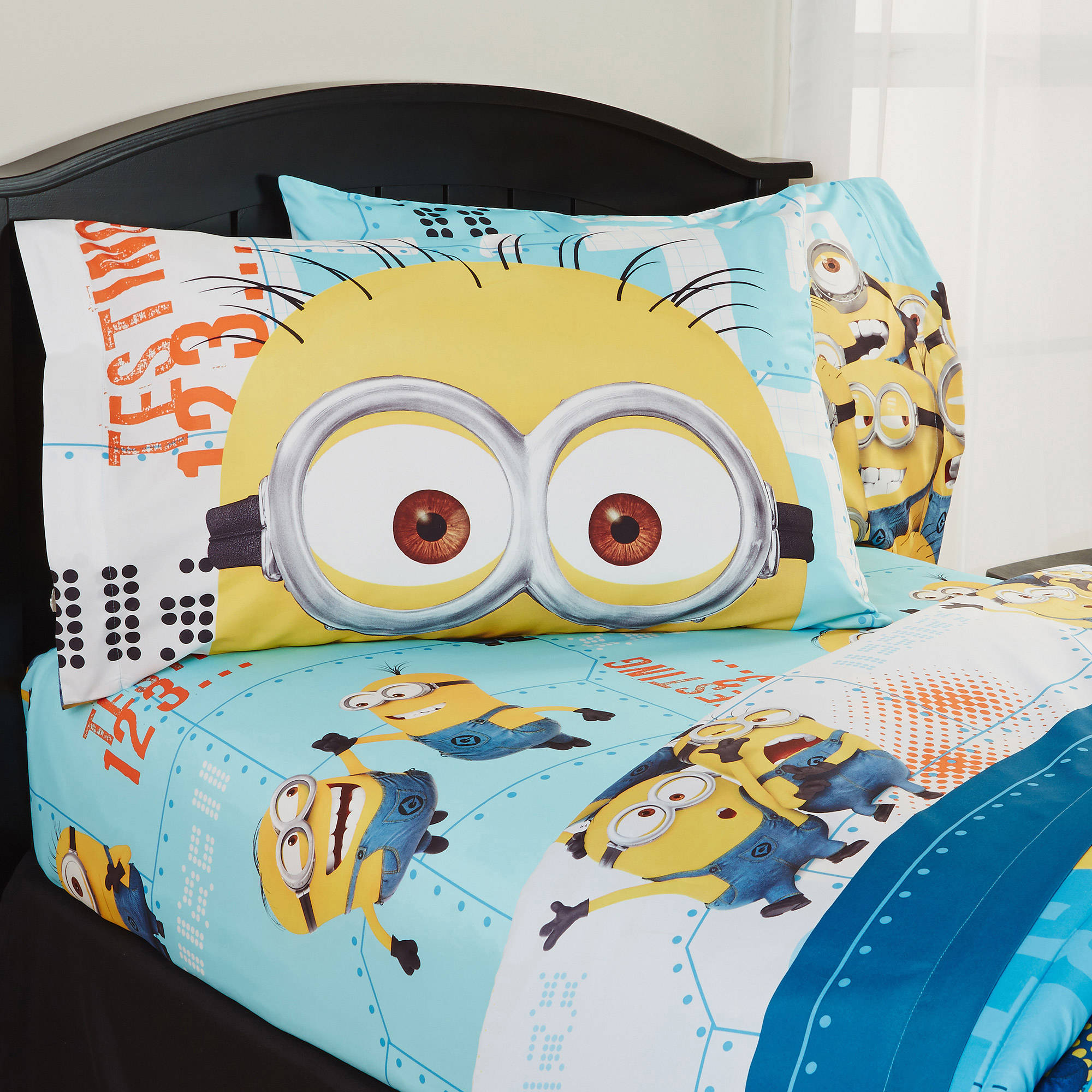 Despicable Me 'Minions' Bedding SHeet Set by Franco Manufacturing Co Inc