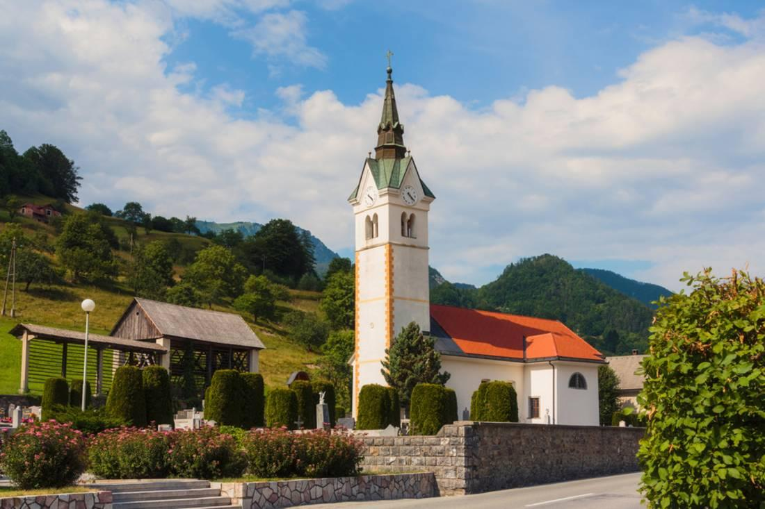 Slovenia dating online