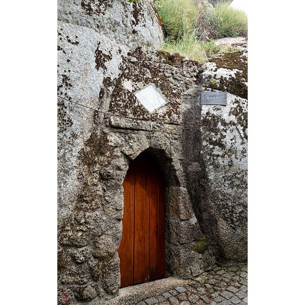 Exterior Door House Doorway Rock Stone Entrance 20 Inch By 30 Inch Laminated Poster With Bright Colors And Vivid Imagery Fits Perfectly In Many Attractive Frames Walmart Com Walmart Com