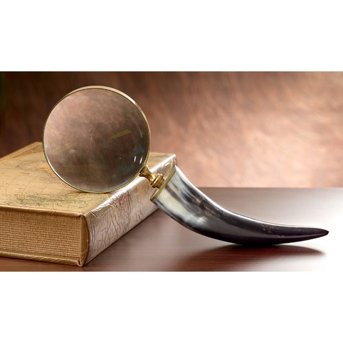 Kindwer Authentic Horn Magnifying Glass