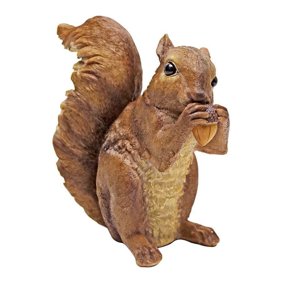 Design Toscano Woodland Squirrel Statue: Chomper