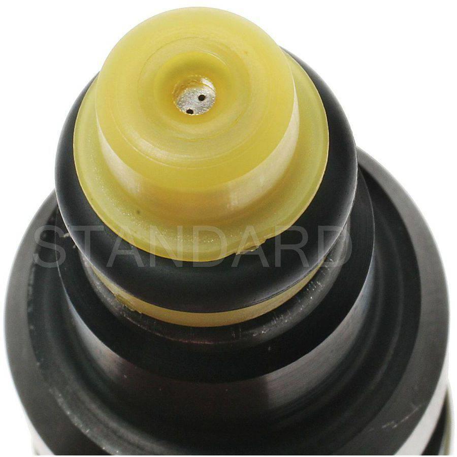 Standard FJ393 Fuel Injector