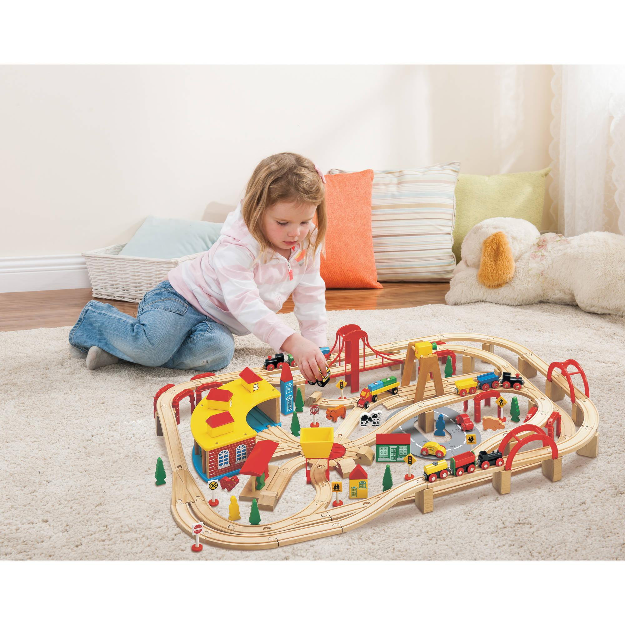 Wooden Train Play Set, 145-Piece - Walmart.com
