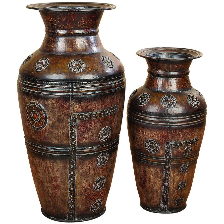 Decmode Metal Vase, Set of 2, Bronze