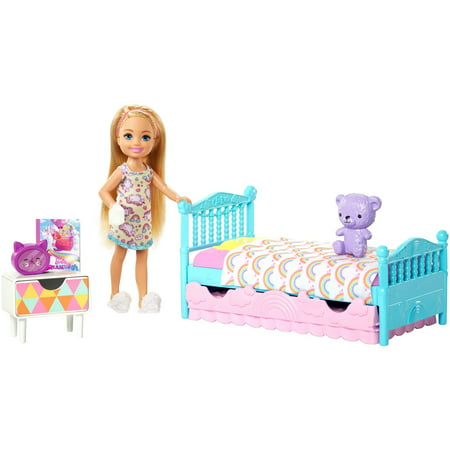 - Barbie Club Chelsea Bedtime Doll and Bedroom Playset
