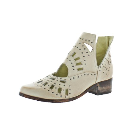 Sbicca Navarro Women's Leather Studded Cut-Out Heeled Bootie Boot White Size 7