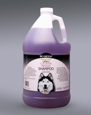 Bio-Groom Natural Scent 28228 Country Freesia Dog Shampoo, 1 gal, Freesia by Bio-Groom (Bio-Derm Laboratories)