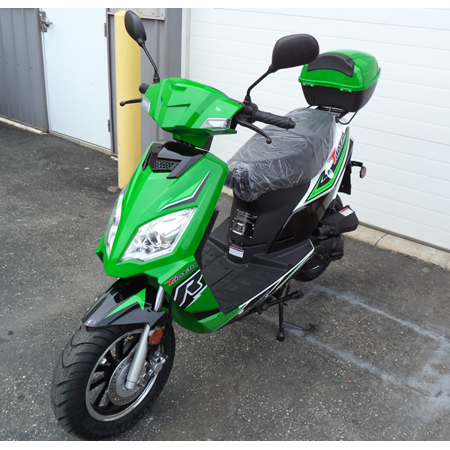 Xtreme Xg 470 Gas Scooter (Green Taotao Thunder 50cc (Blade 50) Free Matching Trunk Gas Street Legal)