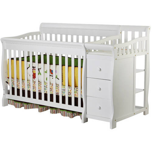 Dream On Me Brody 5-in-1 Convertible Crib White Box 1 Of 2
